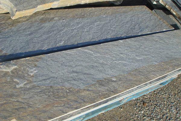 Skirting from Karystos stones